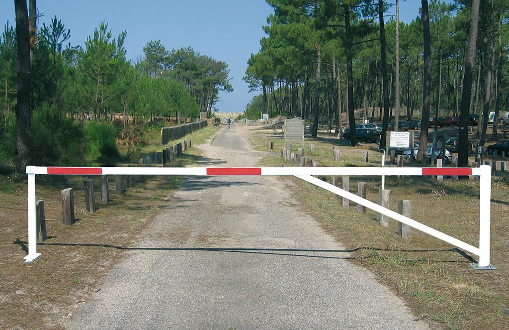 Barrière pivotante